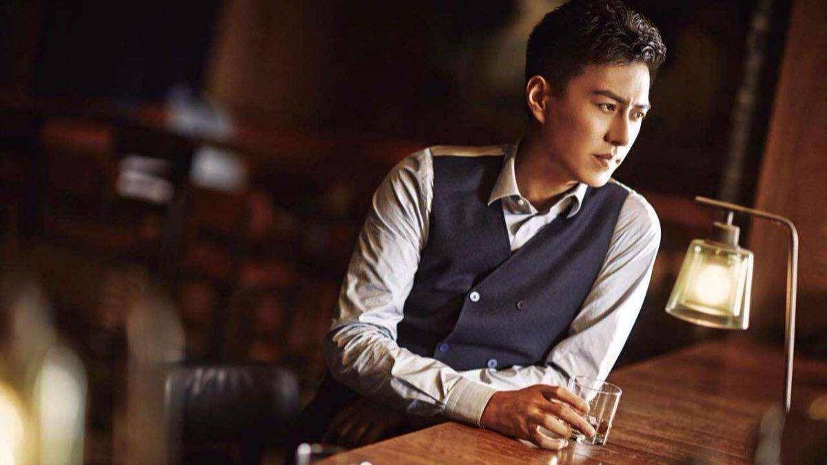《精英律师》靳东和美女律师每天朝夕相处,他不可能不管她图片